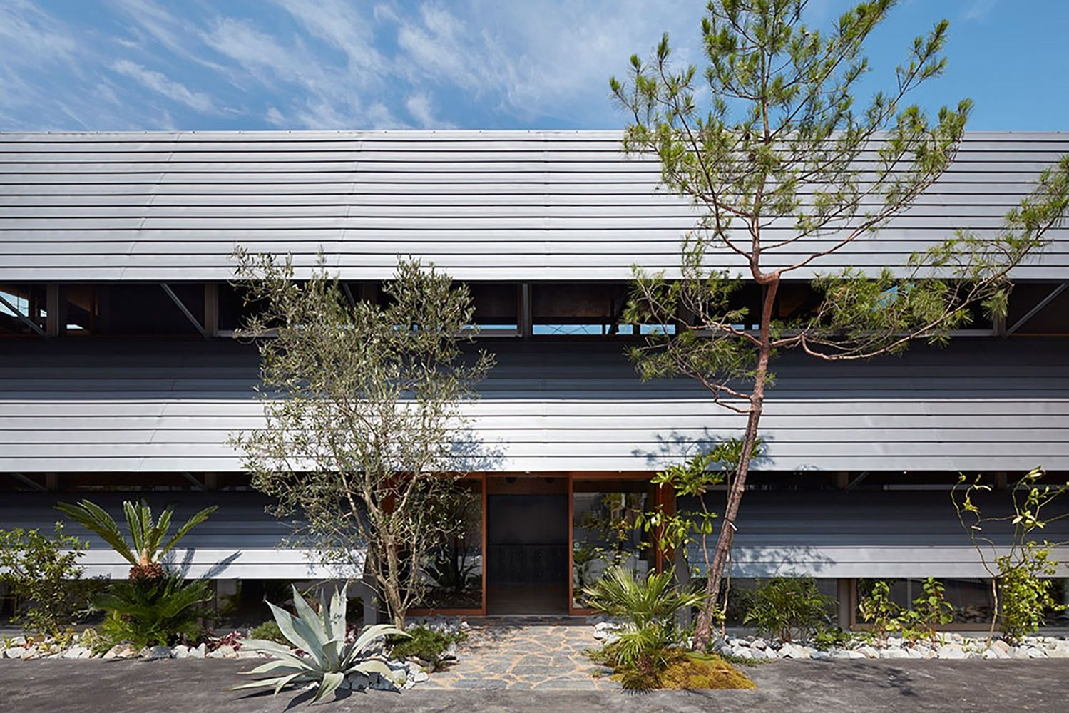 Gallery of Office in Tokushima / OHArchitecture - 3