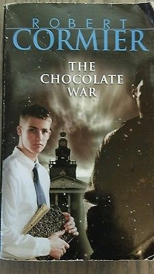 The Chocolate War by Robert Cormier (Paperback)
