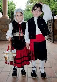 Resultado de imagen para trajes tipicos de galicia