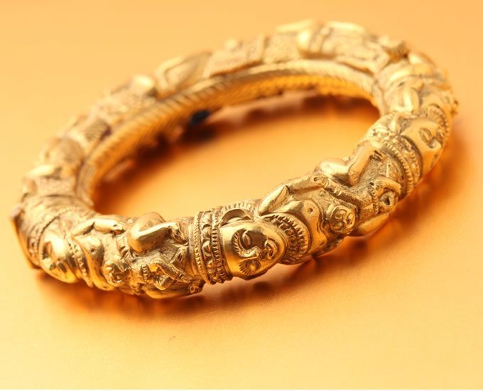 Antique Gold Kada With Man And Baby Carving Jewelry