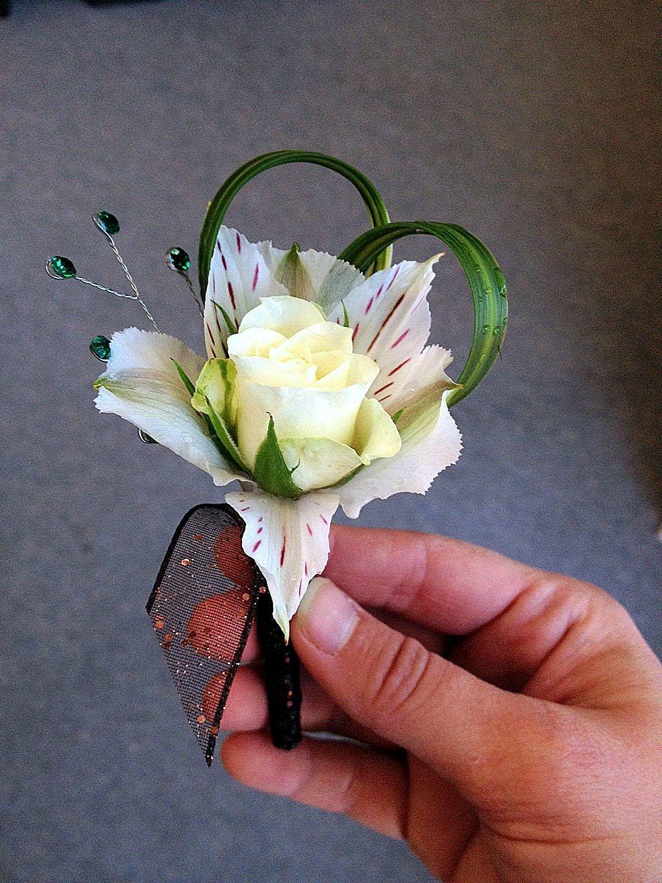 Modern White Spray Rose & Alstroemeria Boutonnière Rainbow ...White Spray Rose Boutonniere