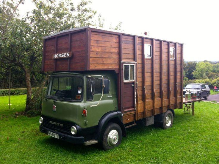 30 Awesome Box Truck Conversion Ideas Go Travels Plan Trucks Truck House Horse Box Conversion