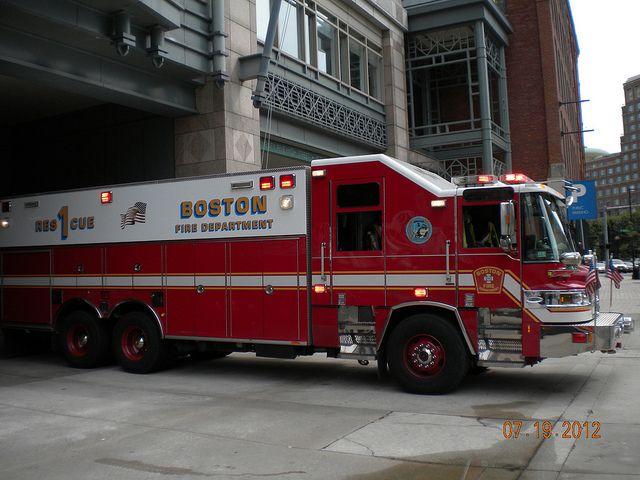Boston Fire Rescue 1 Fire Trucks Fire Rescue Rescue Vehicles