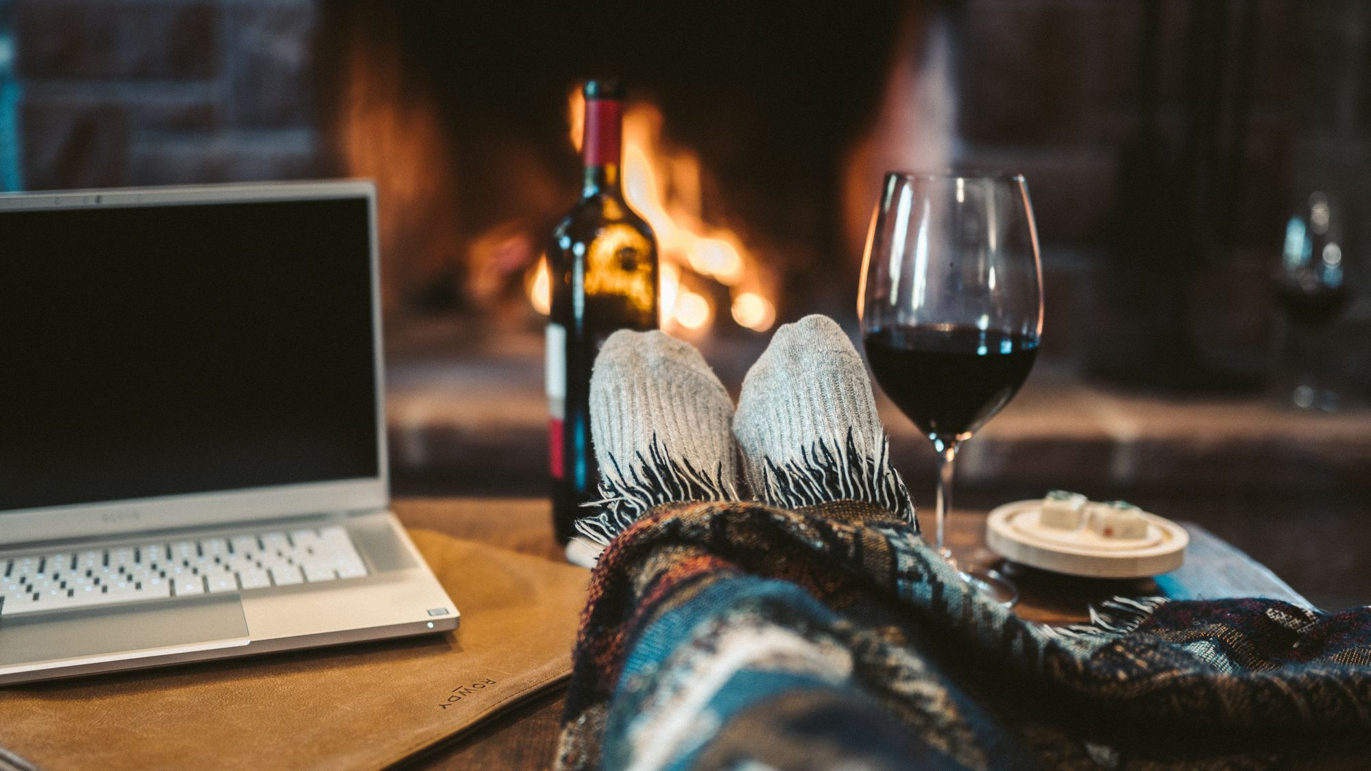 Stay home! Drink wine!   Wine, Watch party, Fall dishes