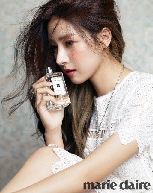 Kim So Eun For Marie Claire Celebrity Photos Kim So Eun Korean Beauty Hair Perfume
