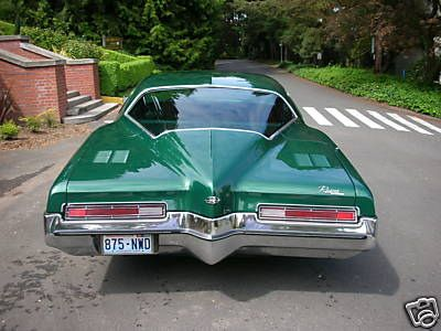 1972 - Buick Riviera Boattail - Green - Hot & Lowered