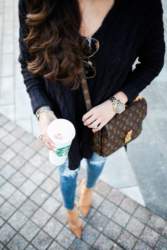 2017 Latest Louis Vuitton Bags For Styling Tips Pay Western Union Get 10 Discount Buy More Discount More Shop Fashion Louis Vuitton Manolo Blahnik Heels
