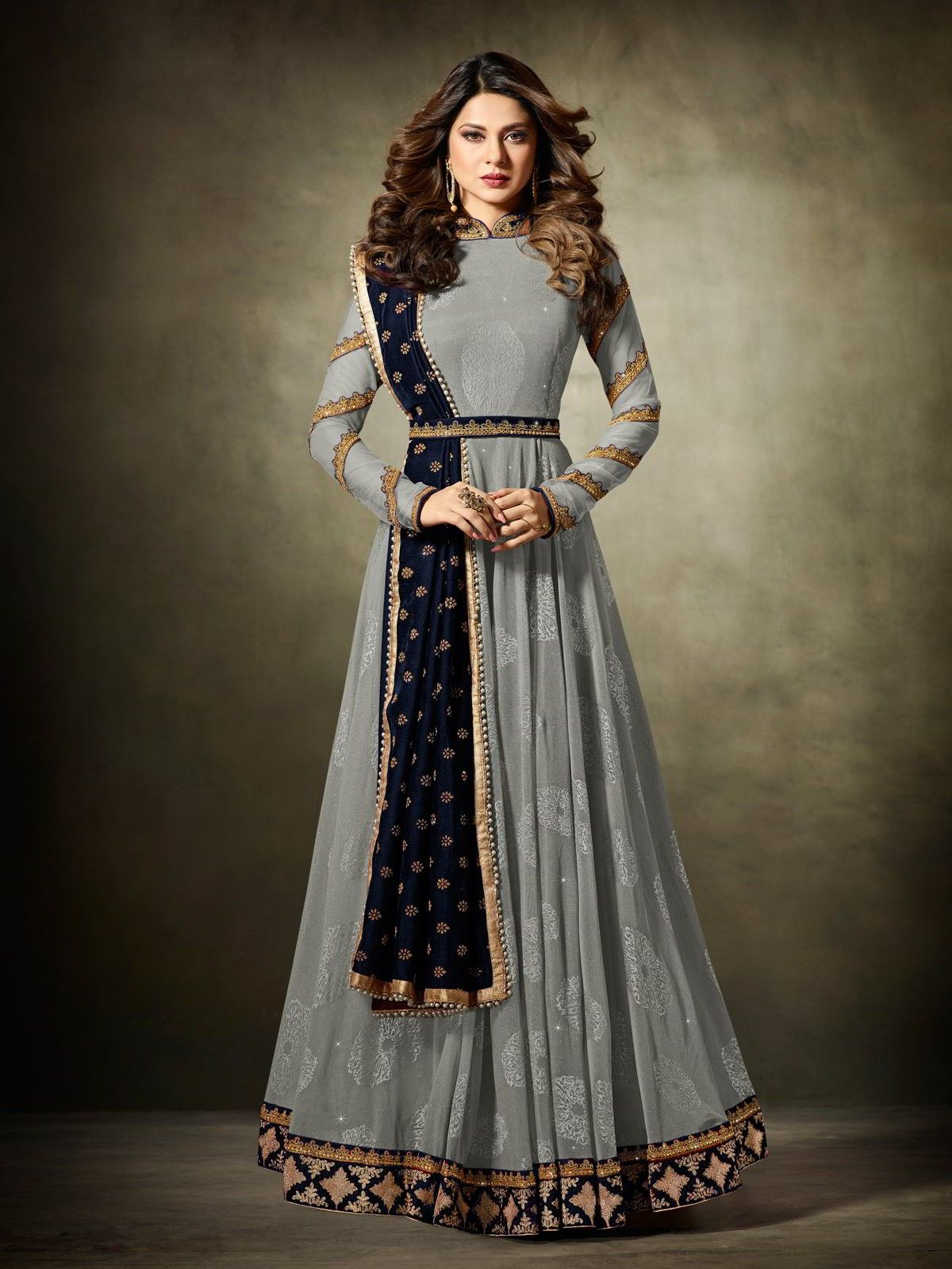 bollywood diva jennifer winget grey anarkali suit online