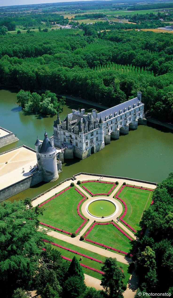 France Travel Inspiration - Chateau de Chenonceau, Vallee de la Loire, France...
