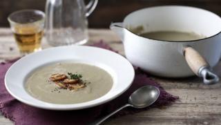 Mushroom soup - simple and good, can use onion instead of leek