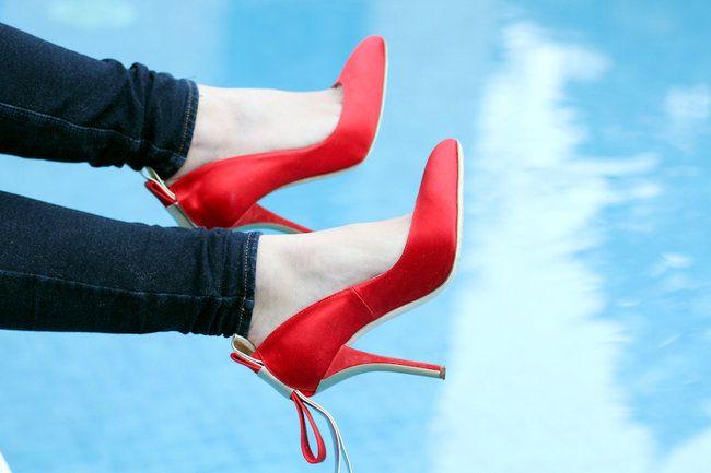 #fashion #shoes The Fashion Fruit » Villa Necchi in red