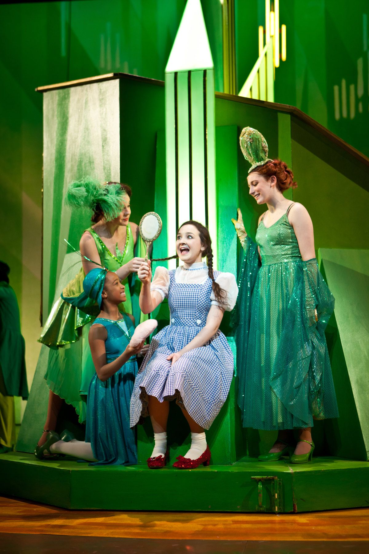 Wizard of Oz 'Emerald city' | Costuming | Pinterest | Emerald city ...