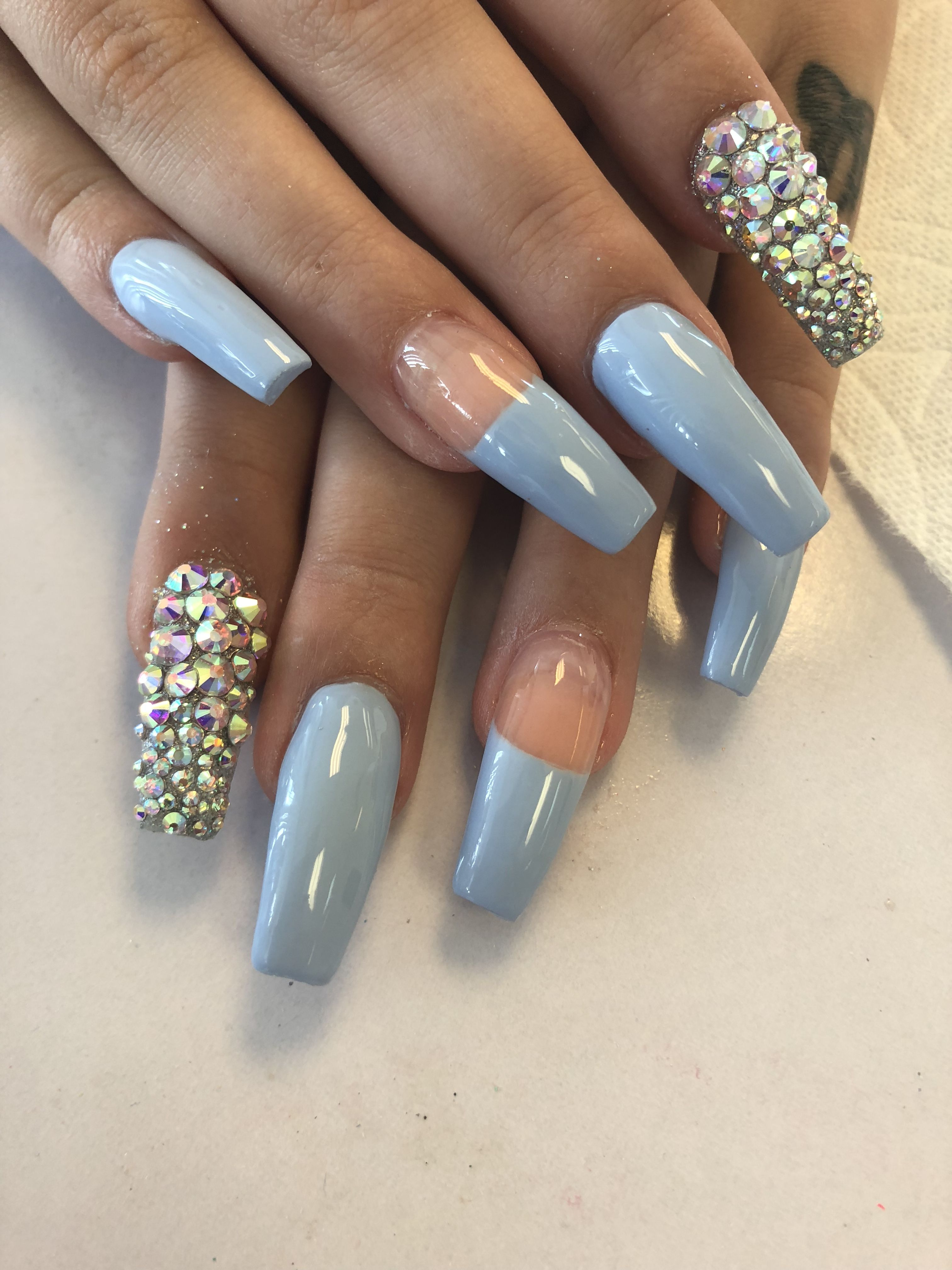 Easy to do nail designs! Follow our growth! #losangeles #bars ...