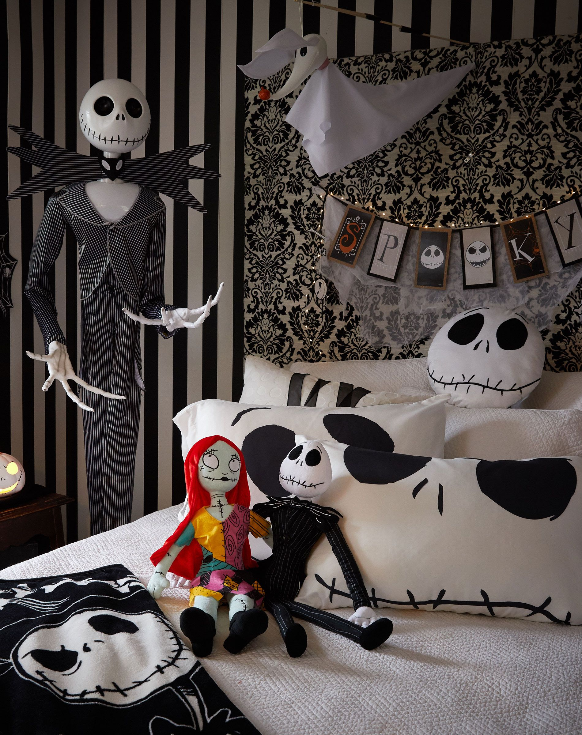 Turn Your Bedroom Into Halloween Town Halloween Bedroom Nightmare Before Christmas Decorations Halloween Bedroom Decor