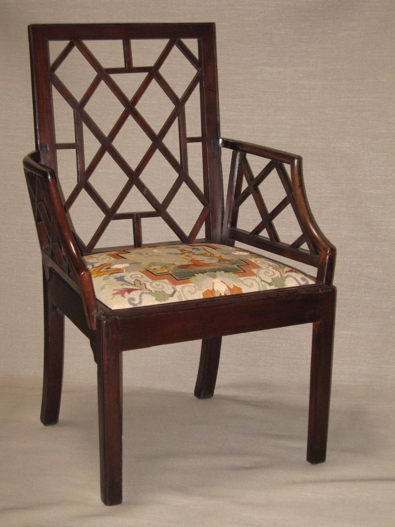 Cockpen chair, c. 1765, with Roy's Antiques, Melbourne - Cockpen Chair, C. 1765, With Roy's Antiques, Melbourne Period