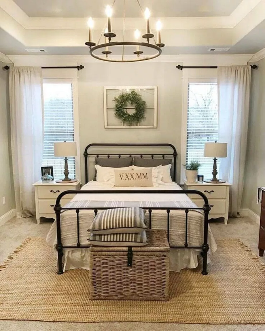 45 Antique Farmhouse Decoration Ideas For Your Master Bedroom
