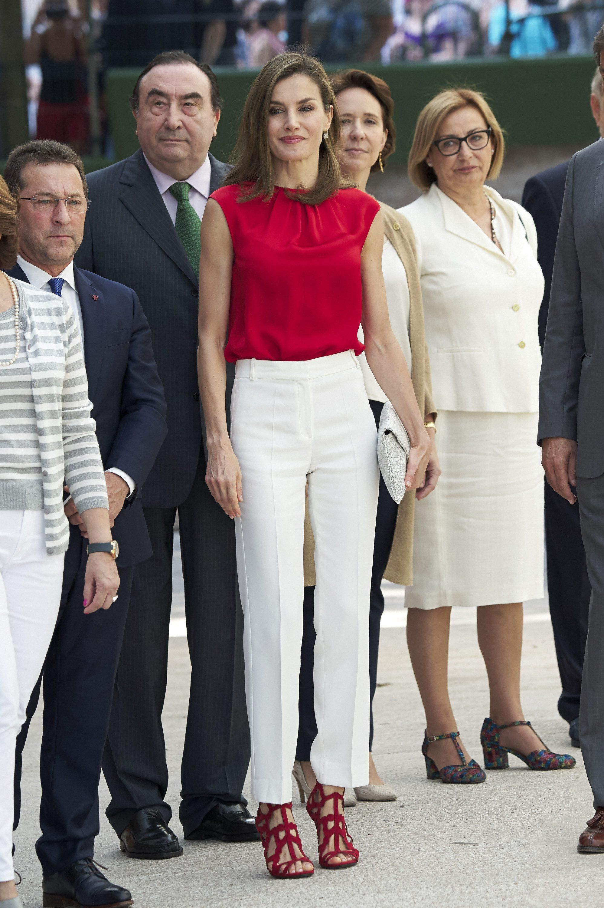 4efb6c159b03 Get the Look Letizia Ortiz, Red And White Outfits, Spanish Royal Family,  Style
