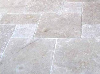 Baldosas de exterior de piedra natural sakkara pavesmac - Precio baldosas exterior ...