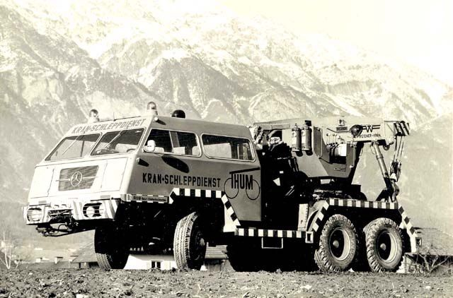Pacific  TOW - Truck