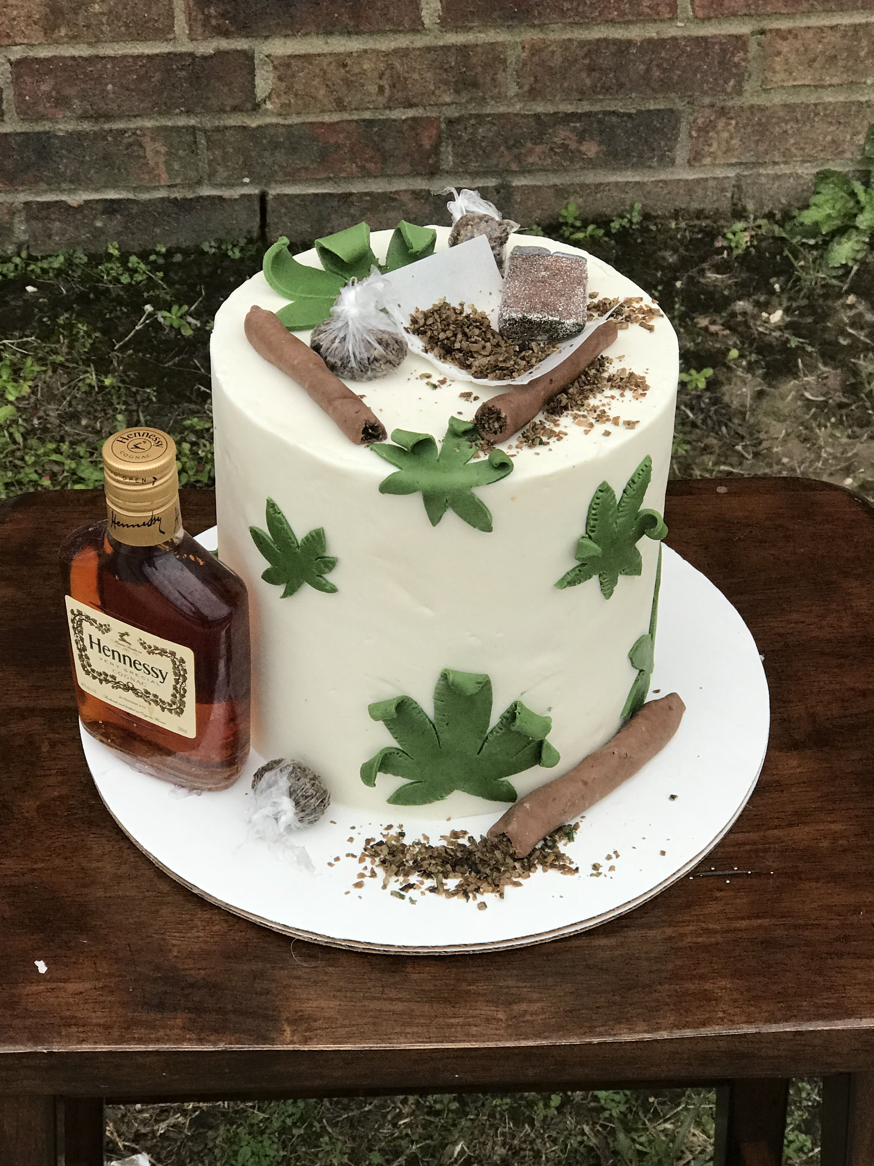 Hennessy and weed cake Where is Alice P Pinterest Cake Funny