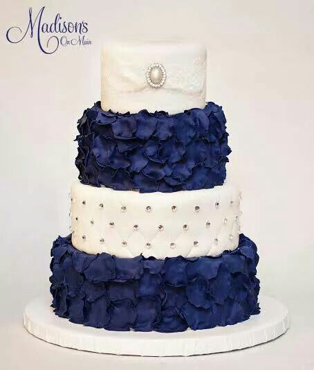 Idea 2 Top 2 Layers Bottom Again Rosettes In Your Blue Ribbon On Top Could Be Burlap Or Raff Petal Wedding Cakes Navy Blue Wedding Cakes Beautiful Cakes