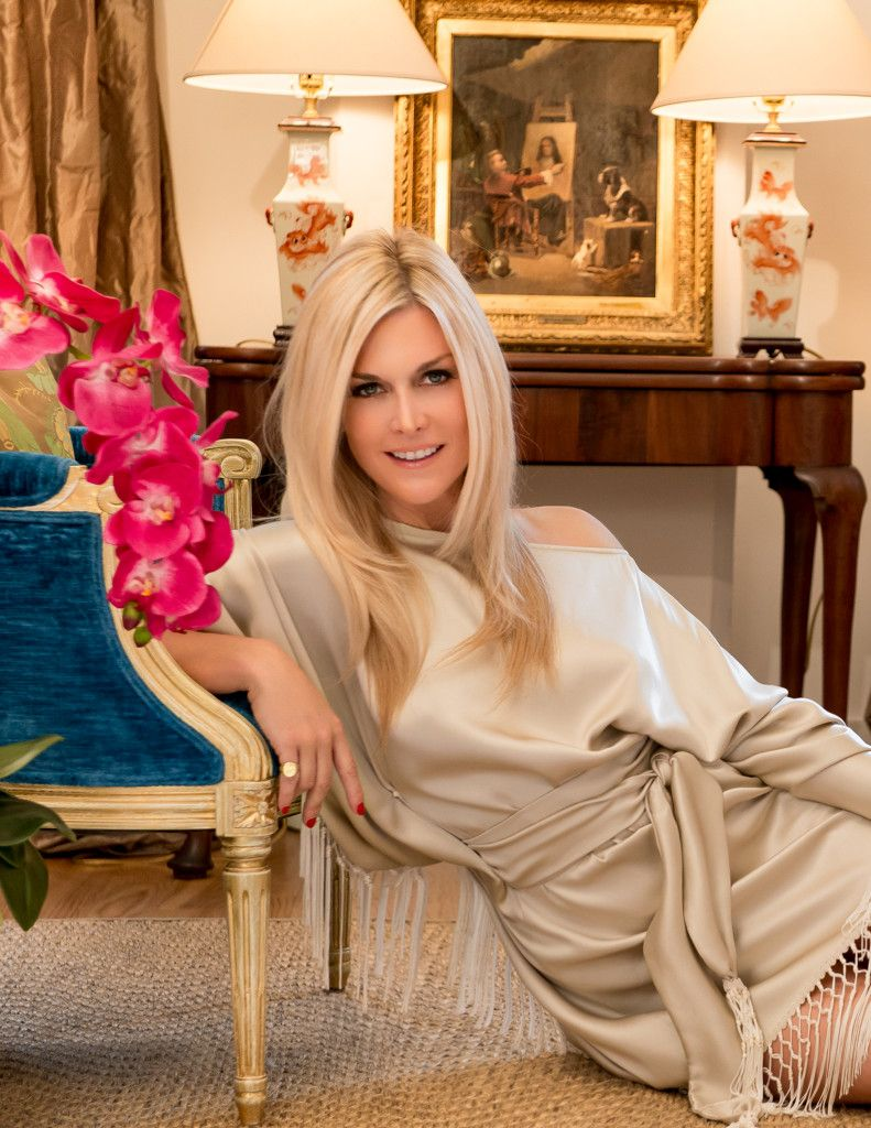 Tinsley Mortimer NYCs Most Photographed Socialite Opens