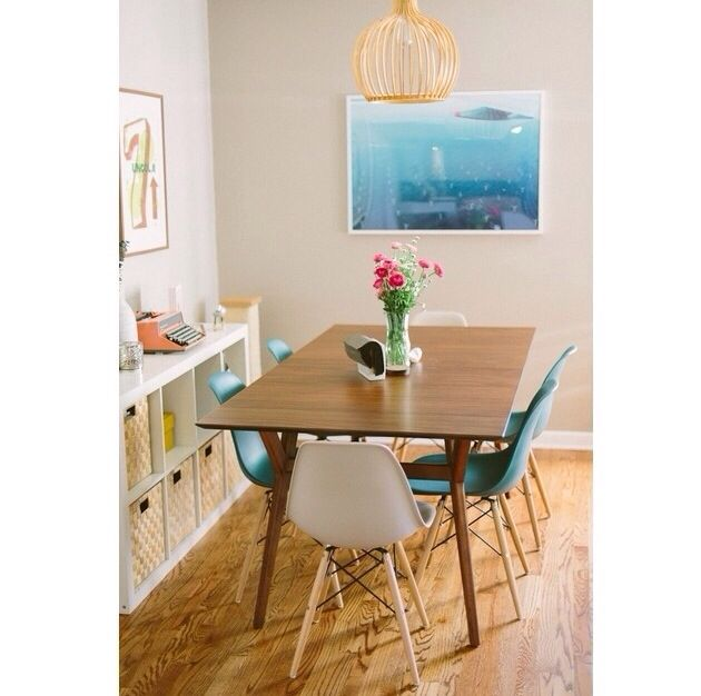 Kitchen table/ dining room set up