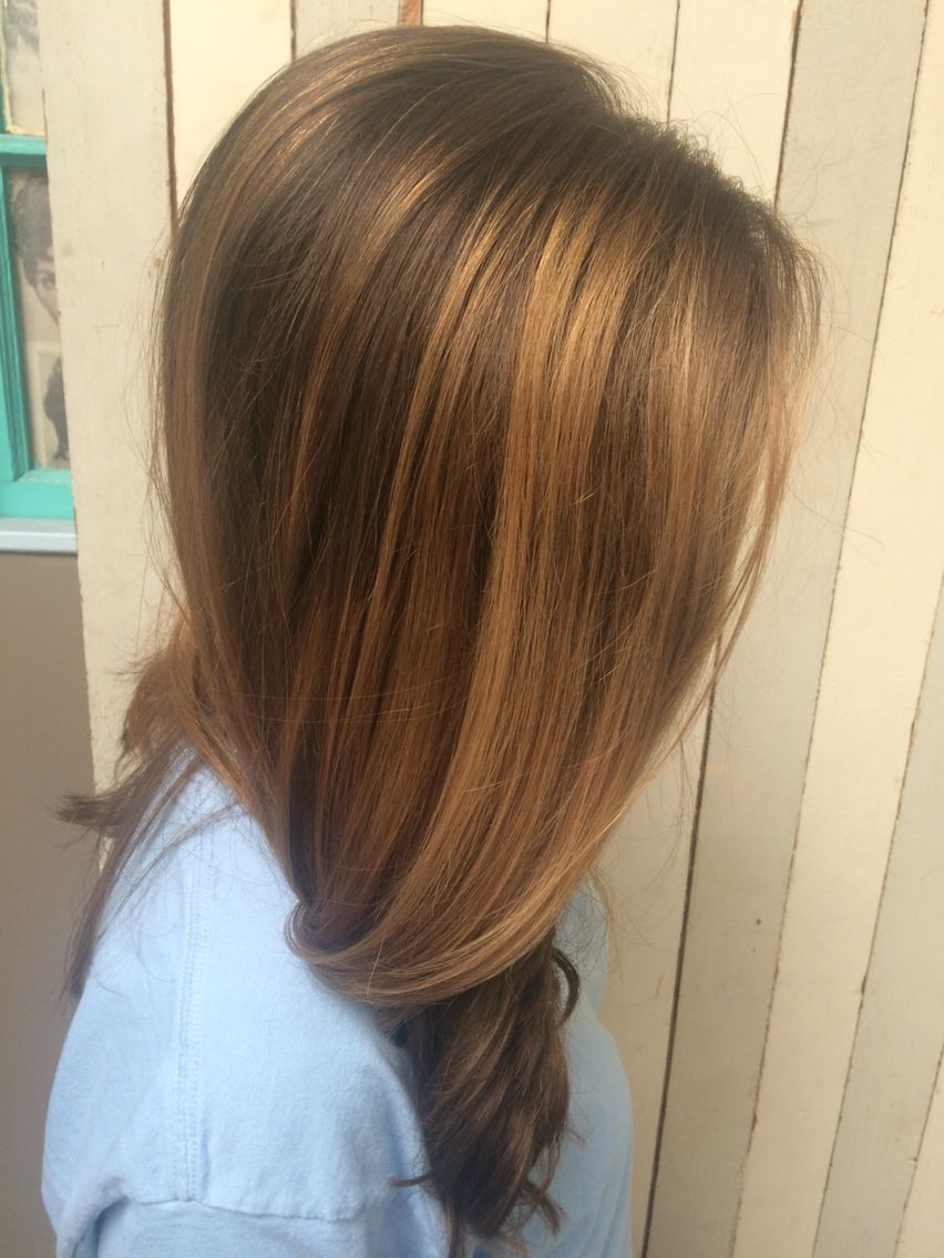 Natural balayage done by me @ktpow_wow