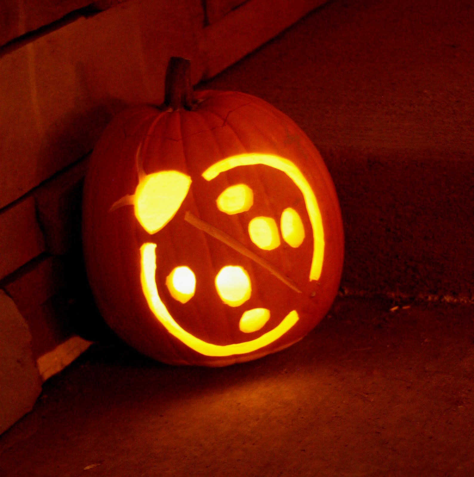 pumpkin template ladybug pumpkin stencil  pumpkin carving ladybug | out her pumpkin, the Bug was more ...