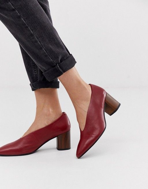 Vagabond deep red leather block heeled court shoes with