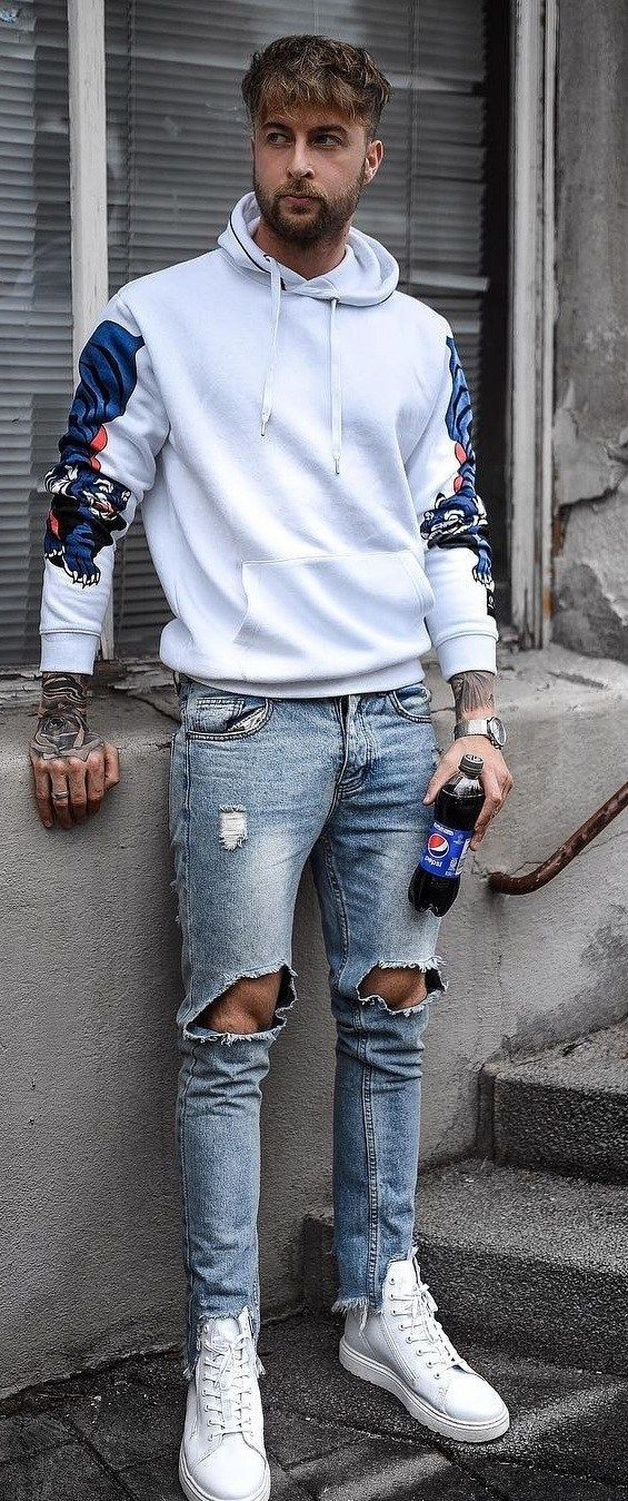 Street Style Fashion 20 Cool Hoodie Outfits For Men To Try In 2019 White Hoodie Outfit Hoodie Outfit Hoodie Outfit Men