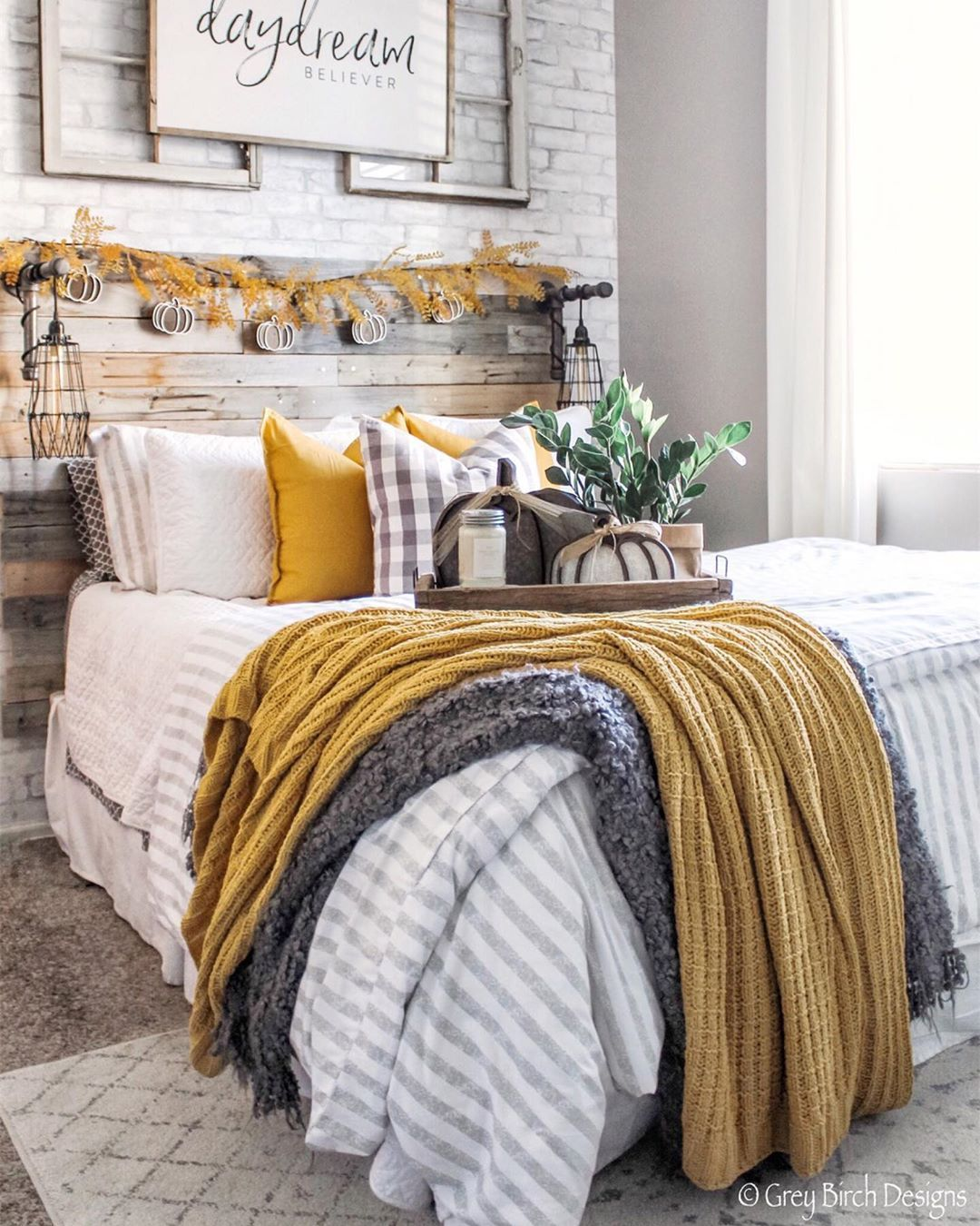 "Modern Farmhouse Designer on Instagram: ""These last few days it has totally felt like Fall, I even needed a jacket yesterday! With the cooler temps it's giving me all the cozy fall…"" -   10 home accessories Bedroom color schemes ideas"