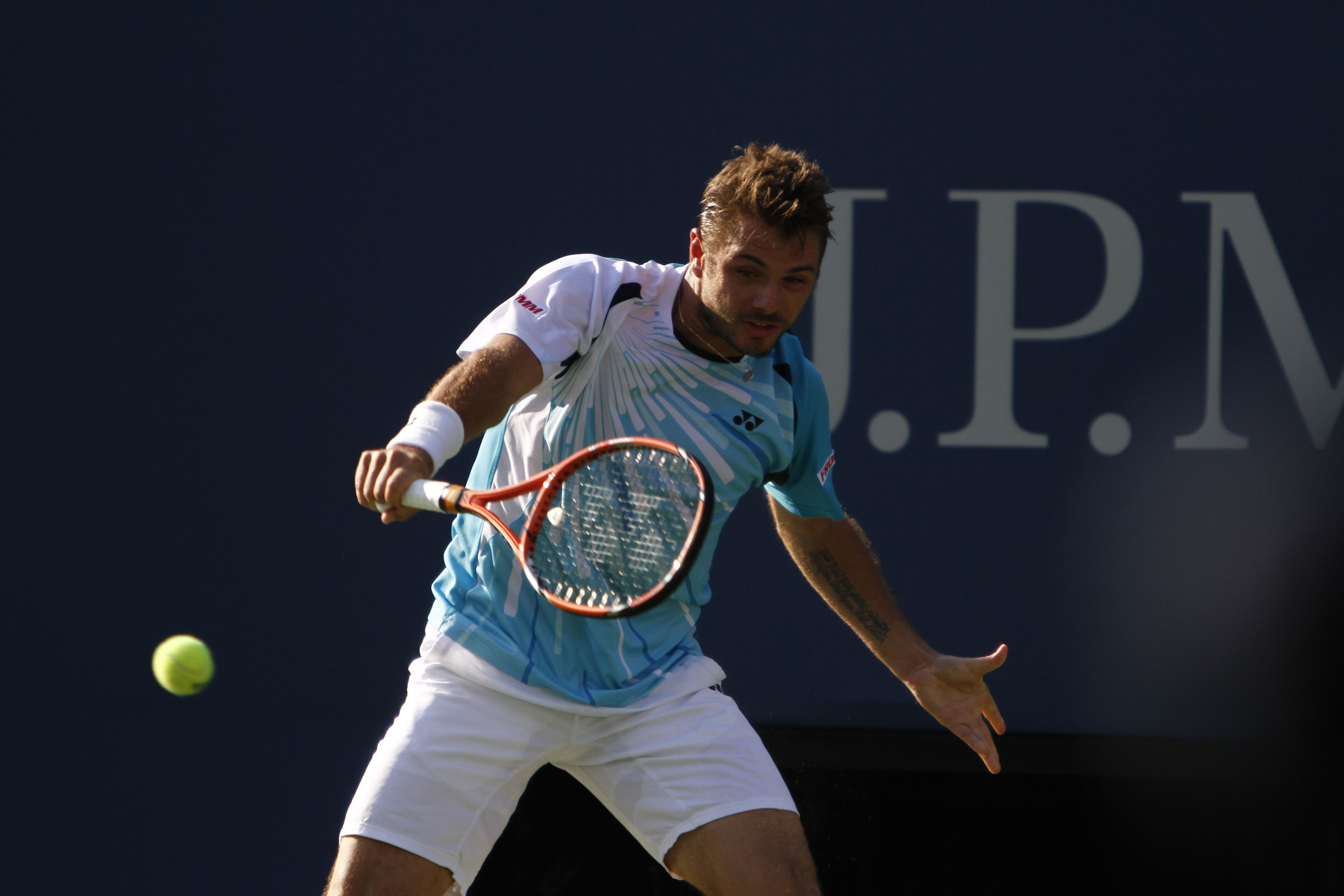 Stan Wawrinka won his opening match in straight sets over
