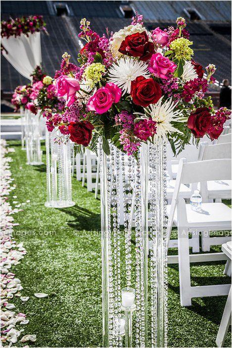Beautiful ceremony decor. Amazing outdoor wedding in Ann ...