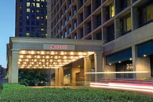 Marriott Dallas City Center 650 North Pearl Street Located In Downtown And Just A 7 Minute Walk To The Museum Of Art This Luxury Hotel