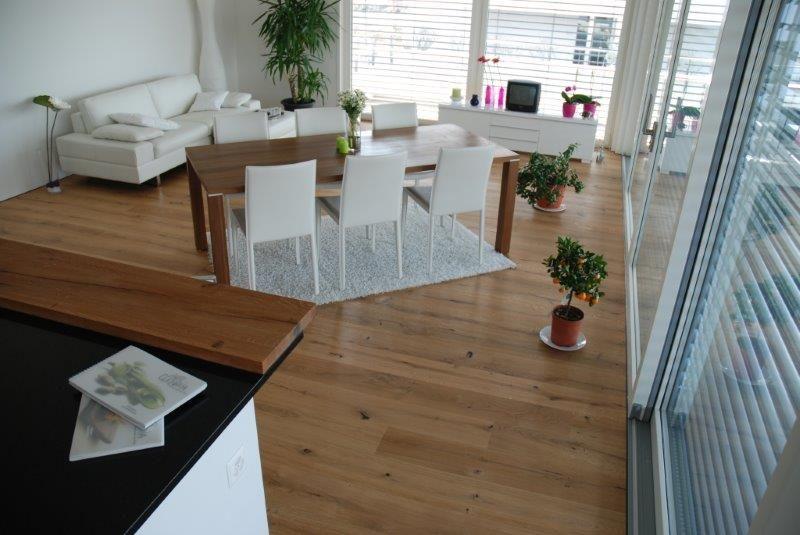 parkett der woche landhausdiele eiche lava geb rstet ge lt von hain parkett. Black Bedroom Furniture Sets. Home Design Ideas