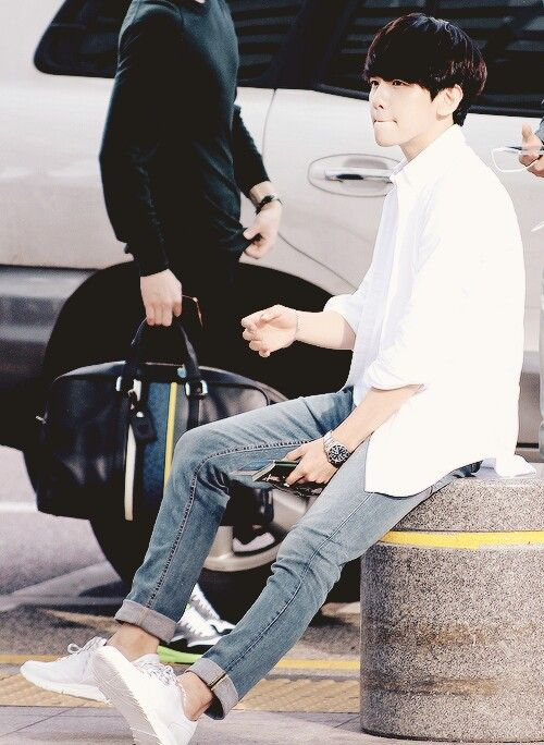 I LOVE his fashion sense ❤️