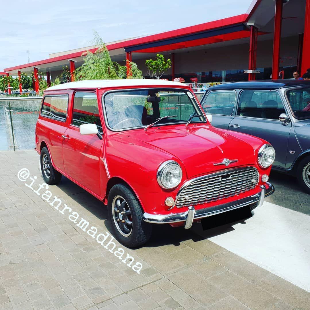 Biasanya Mini Mk I Traveller Atau Countryman Ada Semacam Ornamen Kayu Dibelakangnya Tapi Kalau