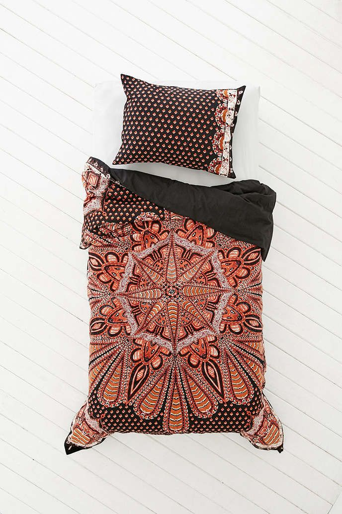 Solid Sheet Set With Images Medallion Duvet Duvet Covers Urban Outfitters Duvet Covers