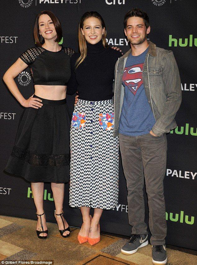Supergirl S Melissa Benoist Debuts Ombre Hair At Paleyfest Melissa Benoist Supergirl Supergirl Tv