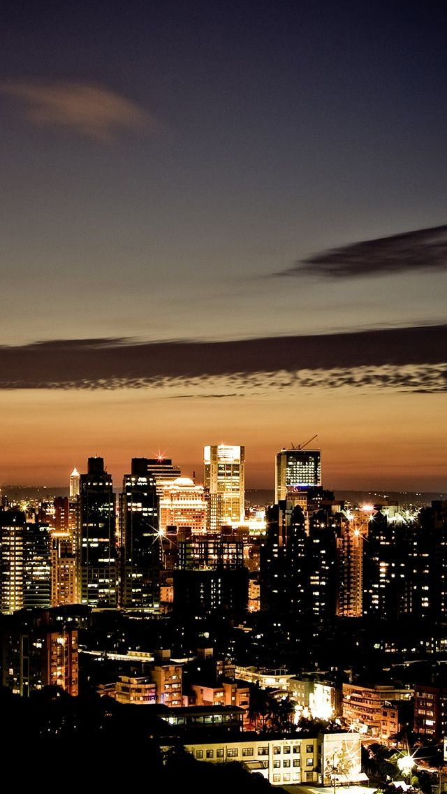Night Scenes Of Taipei Iphone Wallpapers City Iphone Wallpaper Cityscape Wallpaper City Wallpaper