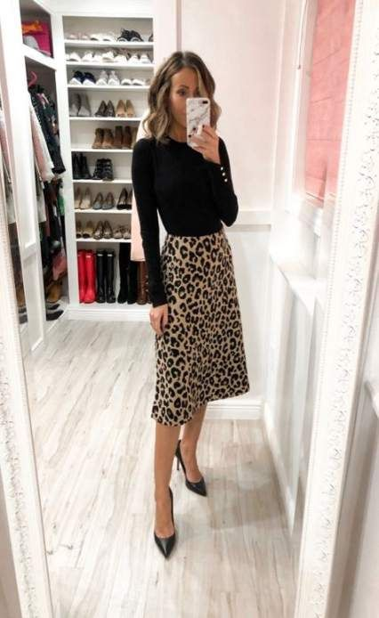 32+ Ideas skirt outfits office sweaters #workclotheswomen