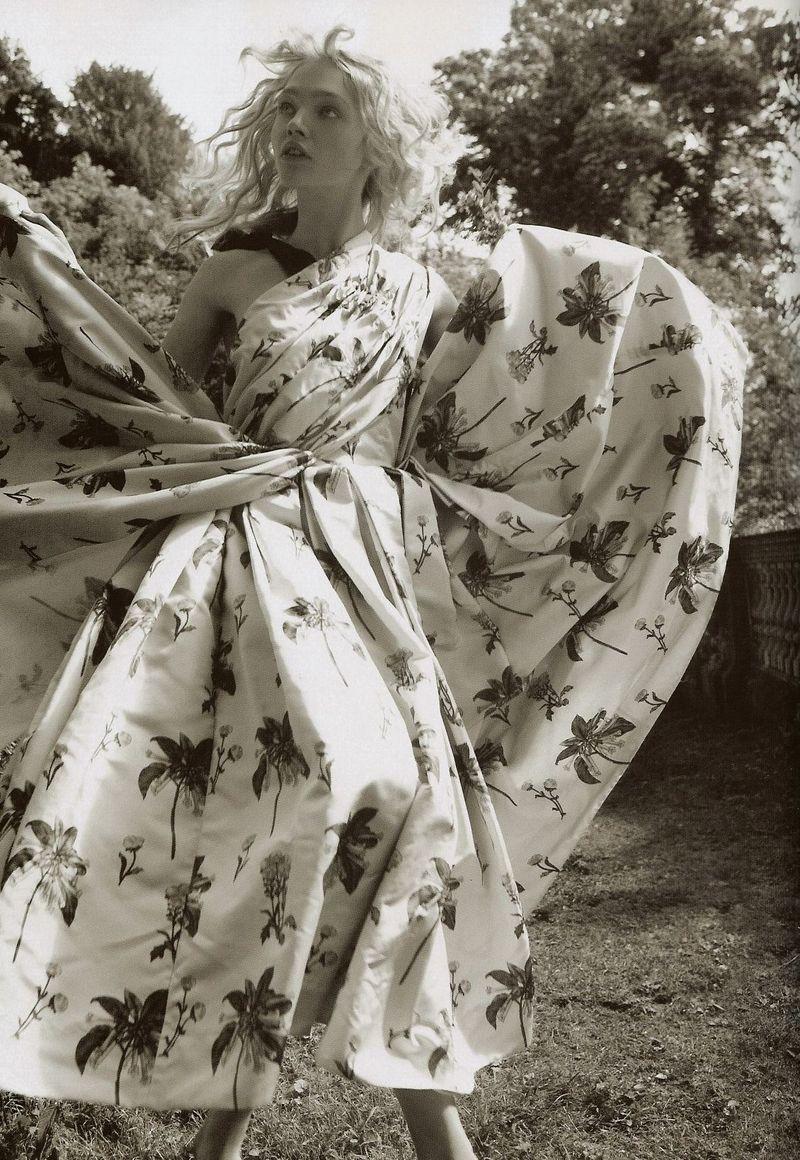 Pin by Bobby Khurana on Fashion: Mario Testino | Sasha