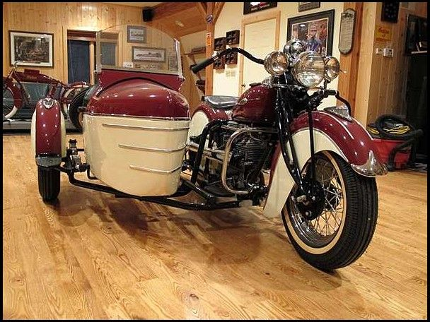 T169 1941 Indian  4 Cyl With Princess Side Car Photo 1