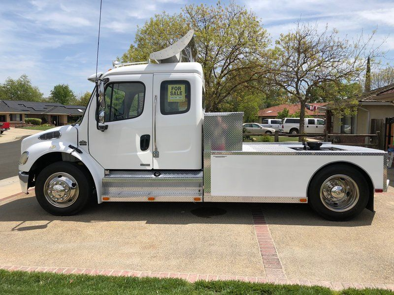 Hanford Auto Sales >> 2005 Freightliner Sportchassis M2 Rv Puller For Sale