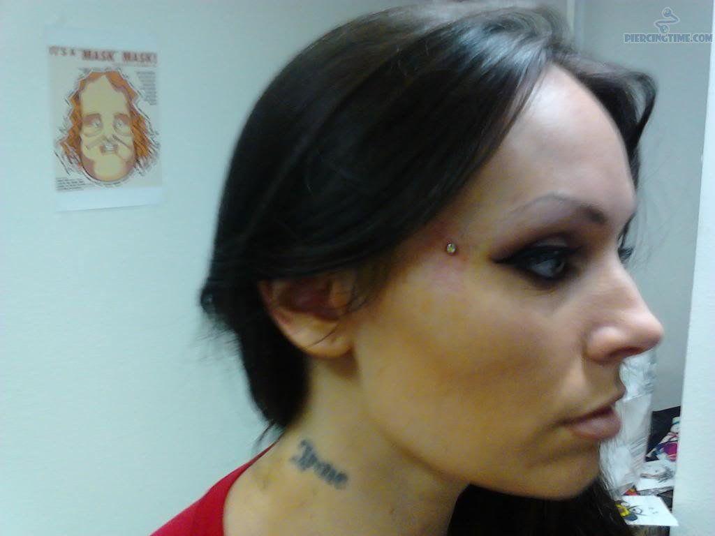 Butterfly Kiss Anti Eyebrow Piercing Dermal Anchor Piercing