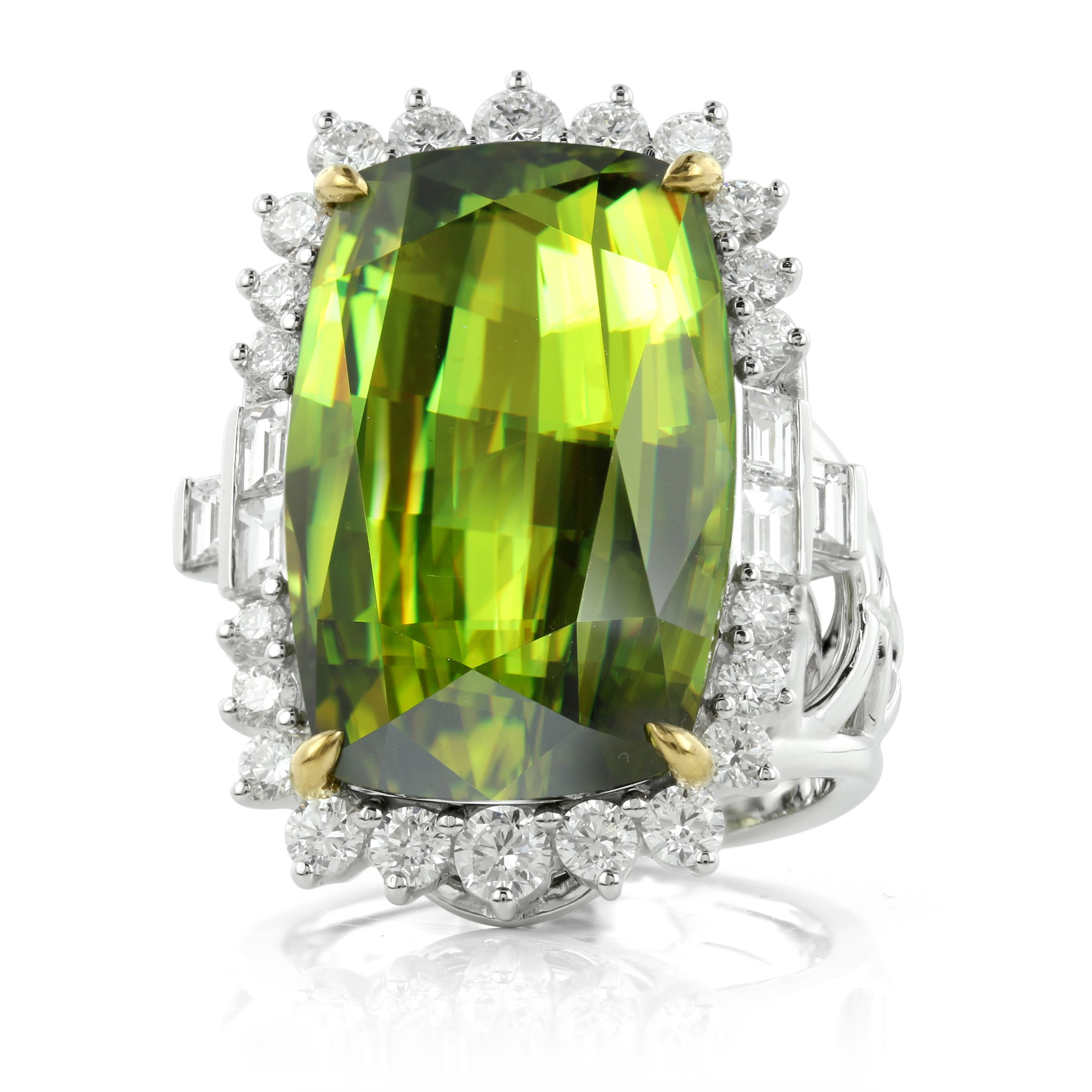 gold ring ladies green products tsavorite sphene rings garnet gleaming