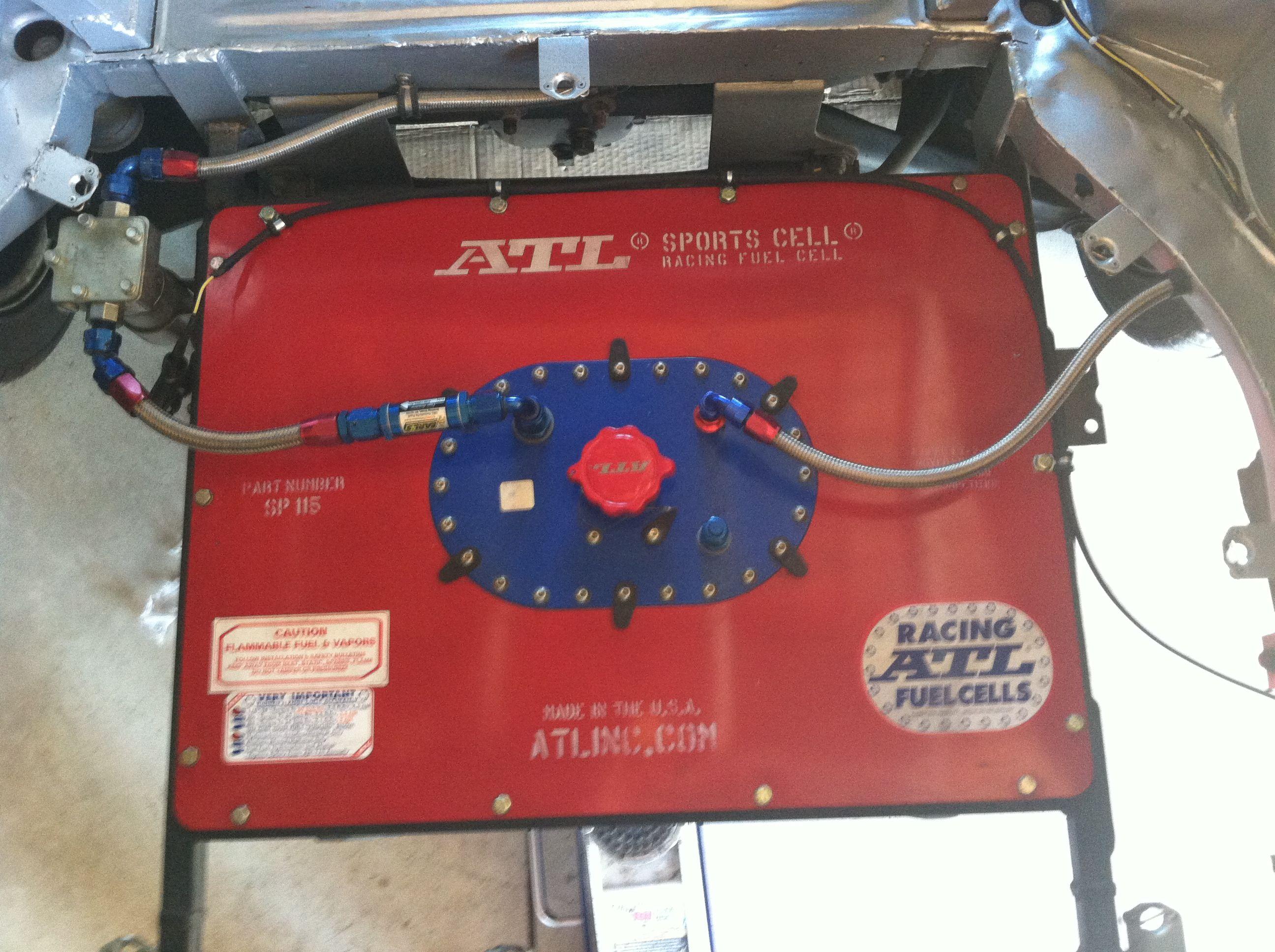 15 gal  fuel cell setup 1970 240Z | 240Z vintage race car