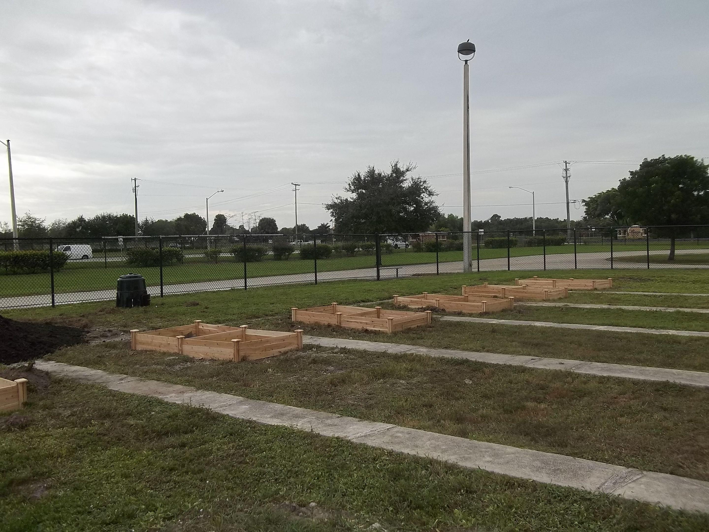 Polo Park School Garden
