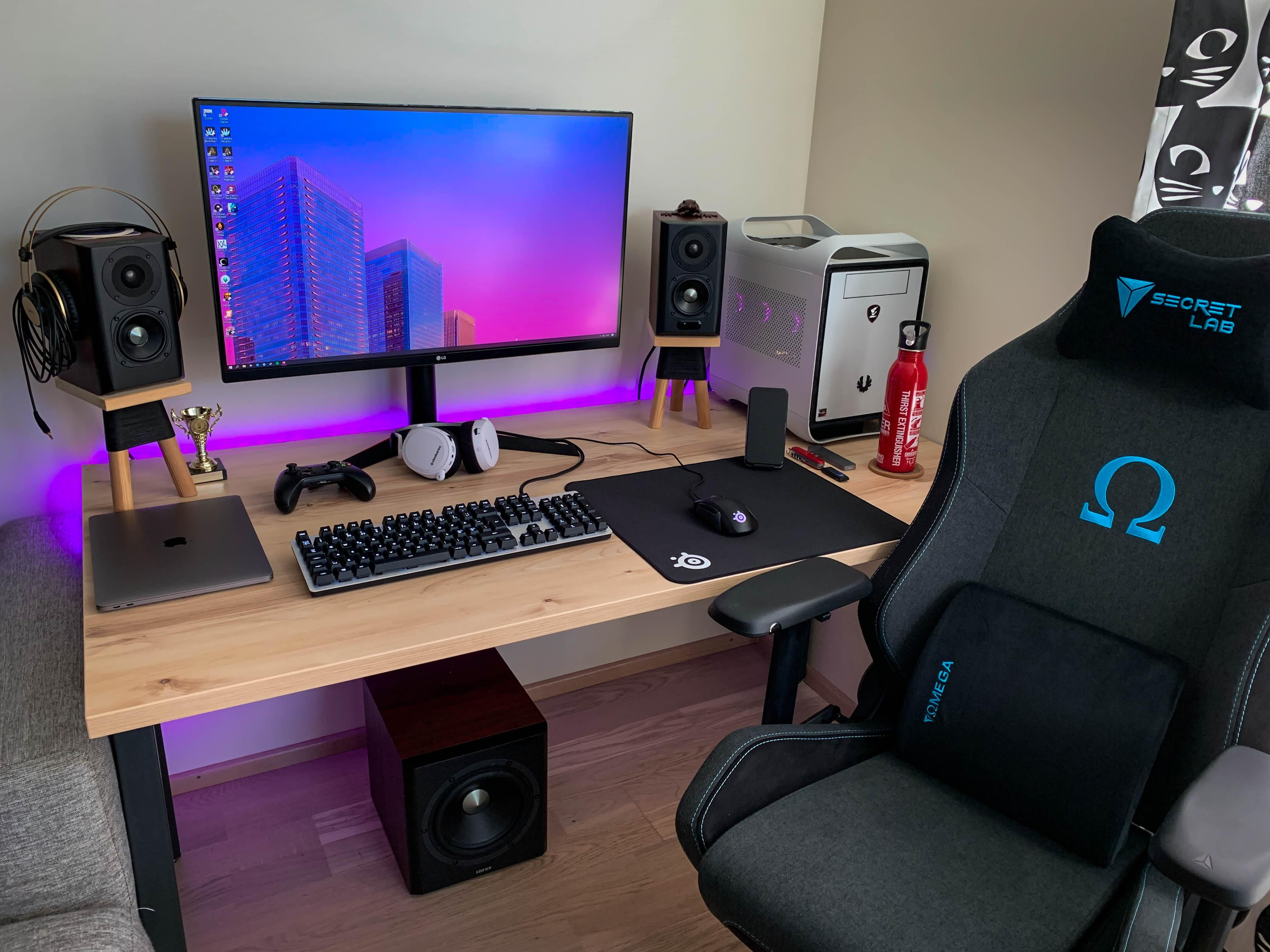 Got a new chair to complete my setup. in 2020 Setup